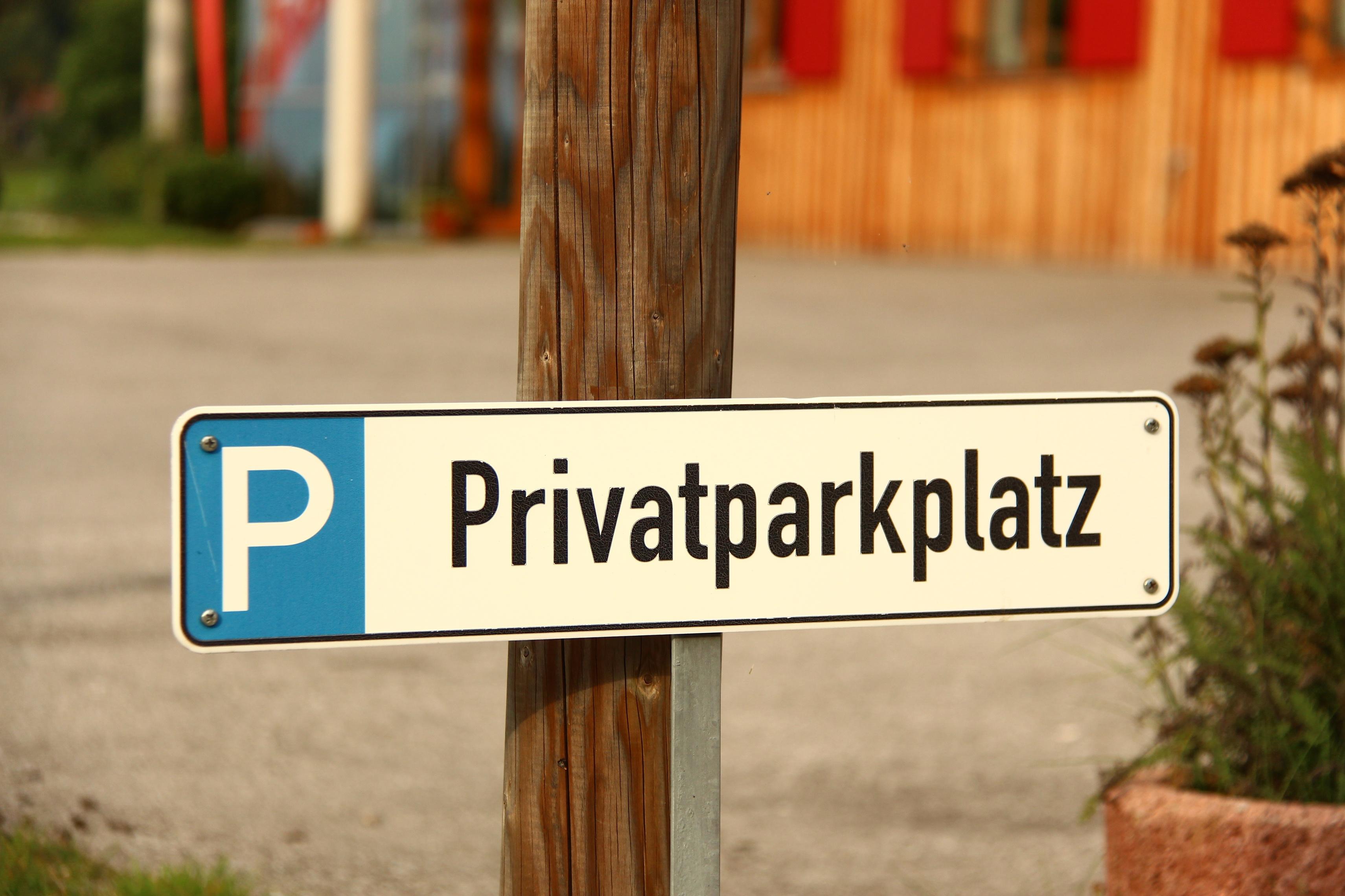 Schützen Sie Ihren Parkplatz vor Falschparkern